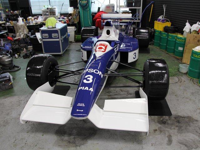 Tyrrell 019を製作中です‥