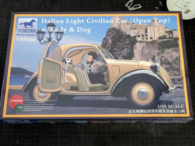 """FIAT 500″トポリーノ""""のプラモデル"""