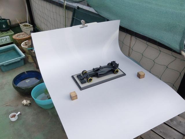 F1のプラモデルの写真をかんたんに撮る方法