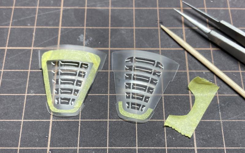 P4/5製作記29-マスキングで窓枠を塗り分け