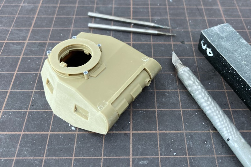 レトロなII号戦車製作記 – 砲塔の溶接跡表現