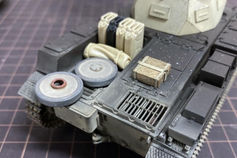 レトロなII号戦車製作記 – OVM(車載工具)の塗装